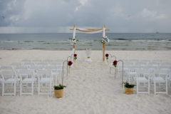 Custom-Bamboo-in-White-w-Burlap-Simple-Aisle-and-Chairs_resize